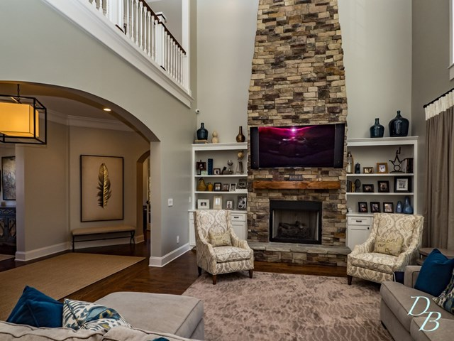 Family Room Gas-logs Stone Fireplace